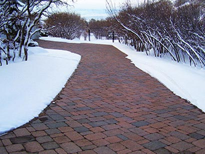 Heated driveway and radiant snow melting options a heated brick paver driveway solutioingenieria Image collections